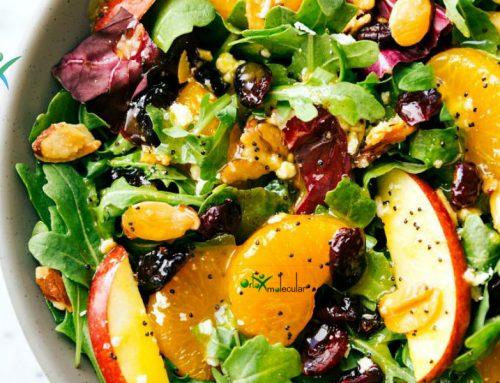 Prueba esta deliciosa ensalada crujiente con pasta, manzana y nueces